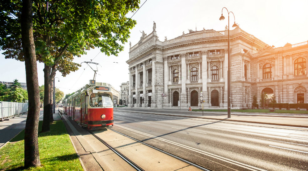 Oplev Burgtheater i Wien med Nordic Choice Club
